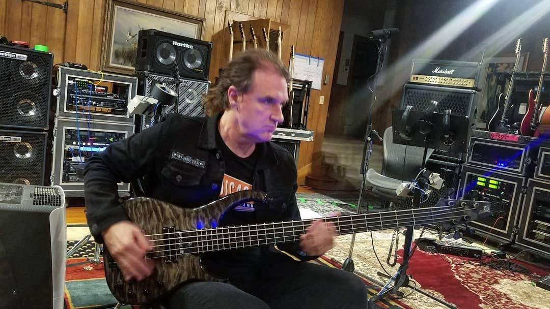 David Ellefson megadeth q-tuner bass pickups modulus graphite
